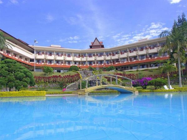 Sinabung Hotel
